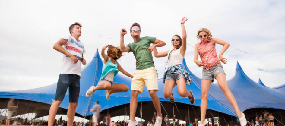 teenagers-at-summer-music-festival-dancing-and-PV3CBYM-e1599654803370.jpg